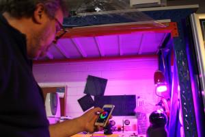Andy Gelme demonstrating the LIFX lightbulb.